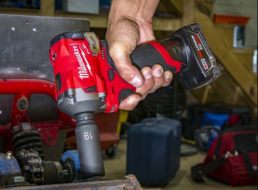 What Size Air Compressor Do I Need For Impact Wrench
