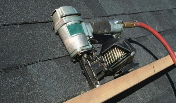 How To Use Nail Gun With Air Compressor