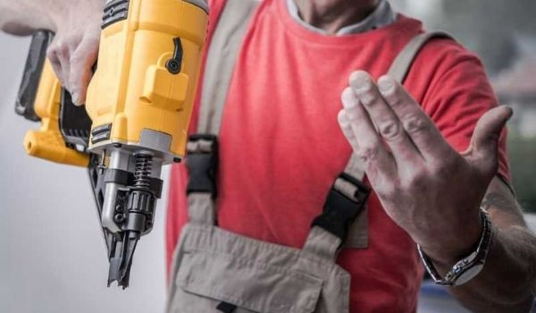 Nail Gun Air Compressor safety tips